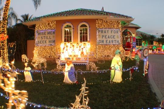 Choir of Angels Singing in Nativity Display 2013